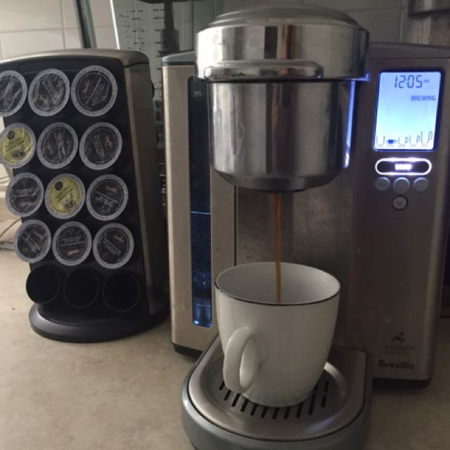 Keurig Coffee Machine And Pod Stand With 12 Coffee Pods