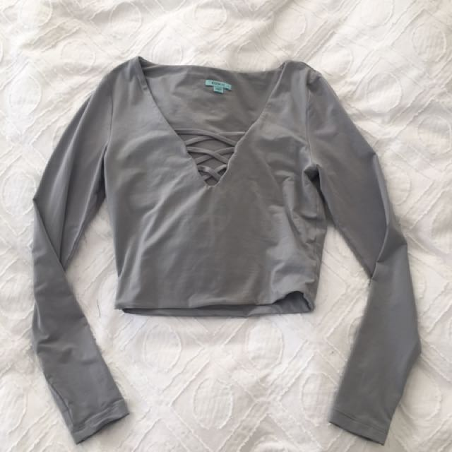 Kookai Long Sleeve Crop SZ 1