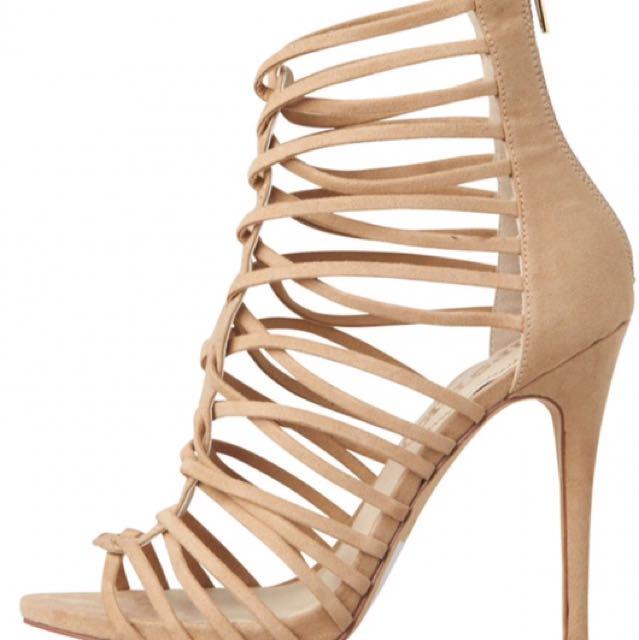 Lipstik Cameo Strappy Heels, Size 9