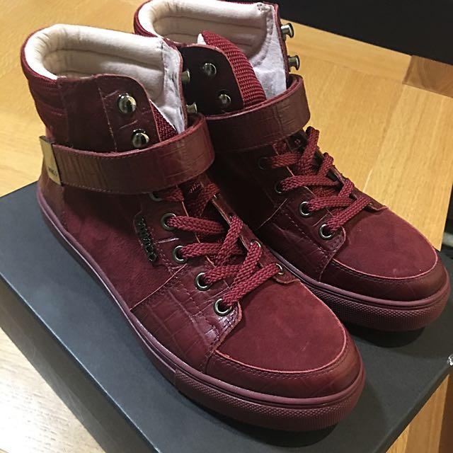 MIMCO Escapist Hi-Top Sneakerz