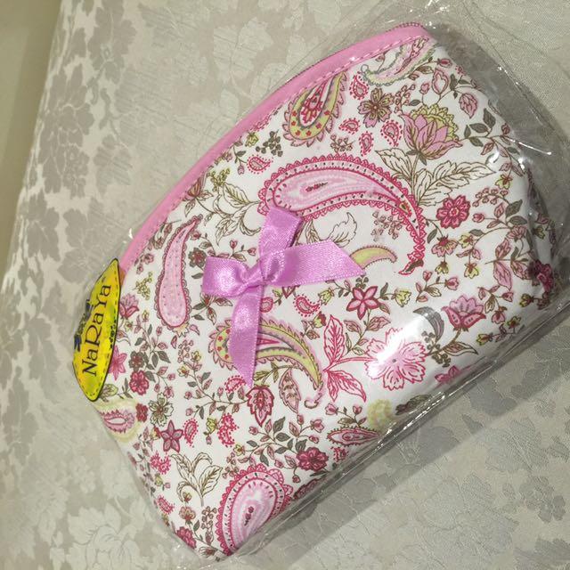 NaRaYa Toiletries Bag