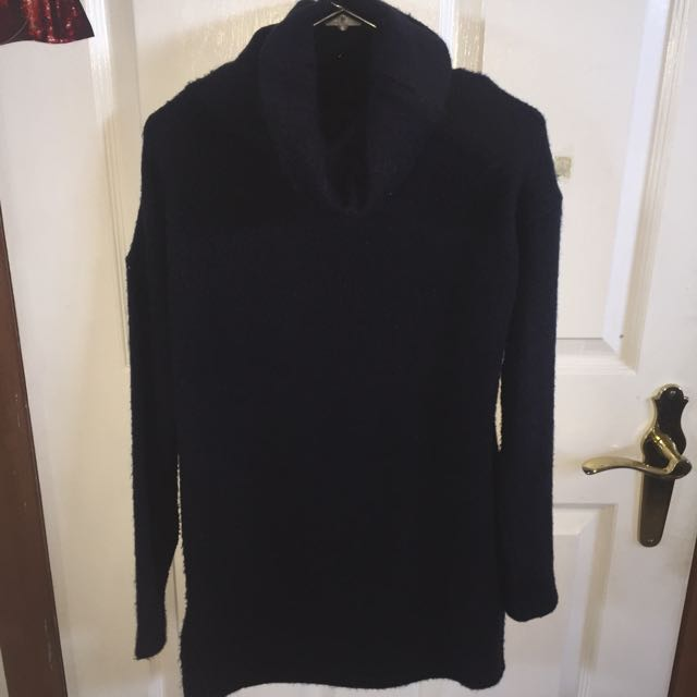 Navy Knitted Turtleneck