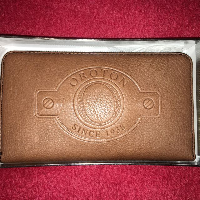 OROTON Wallet - Crest Large Multi Zip In Chocolate