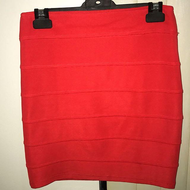 Red Ribbed Skirt