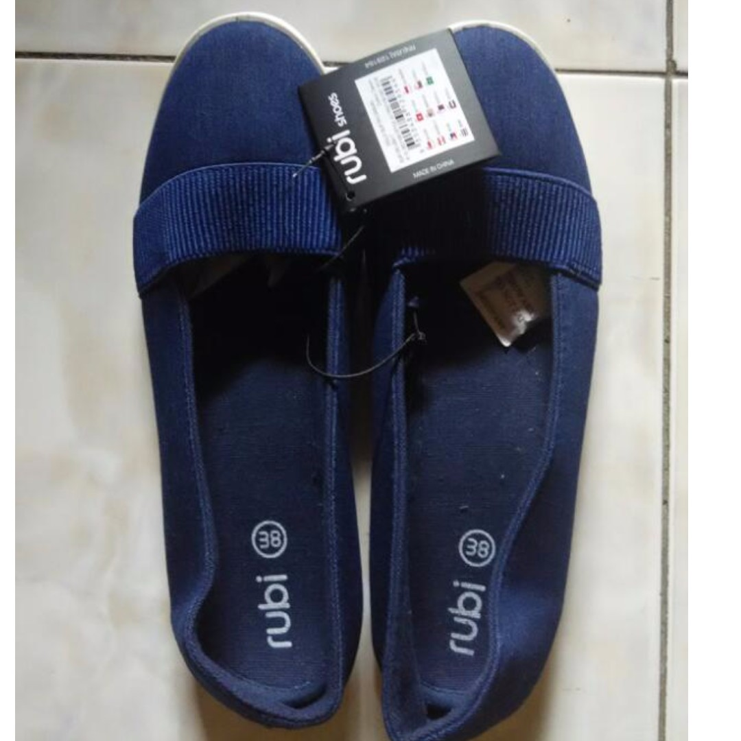 dolly slip on casual by rubi