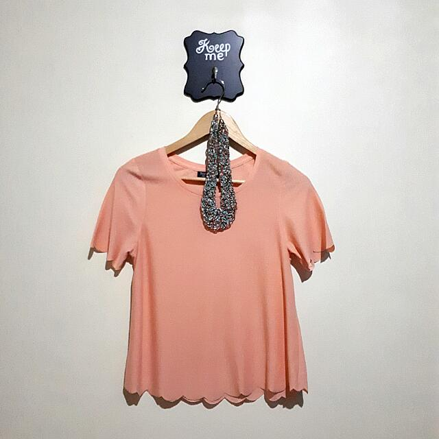 Topshop US size 4 peach color scallop shirt