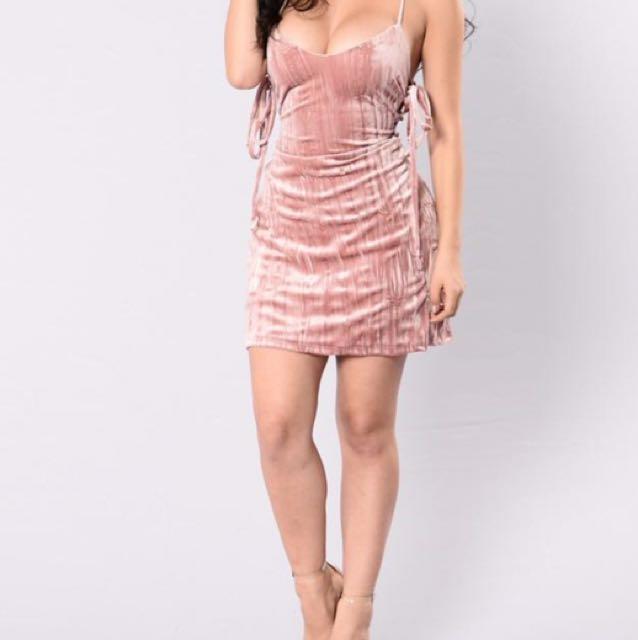 Women's brown strapless midi dress
