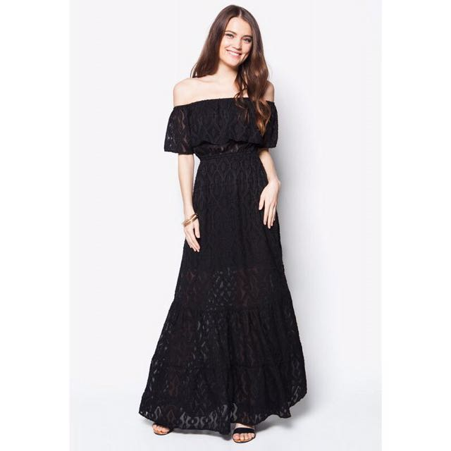 ZALORA Off Shoulder Lace Long Maxi Dress