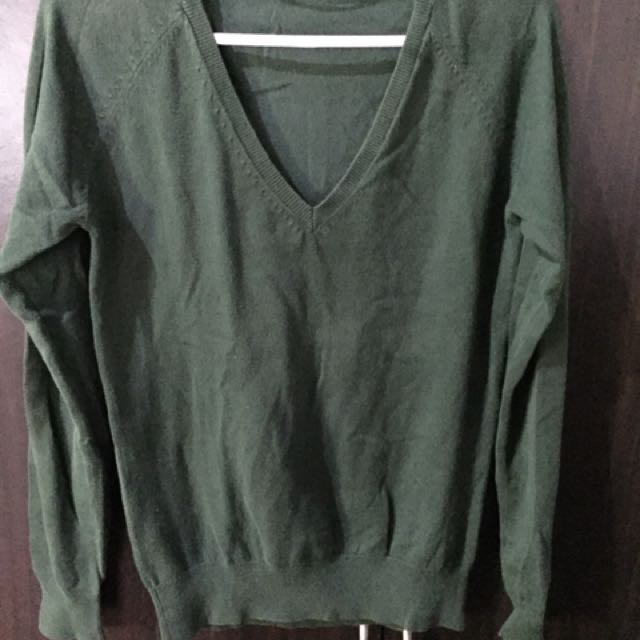 Zara forest green sweater