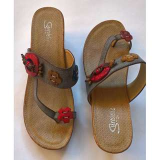 Open back bohemian leather  wedge sandals, size 8
