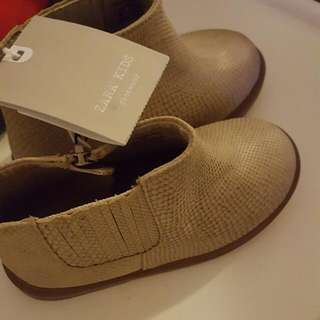 Brand New Booties Size 6