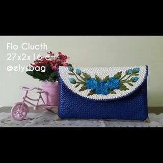 Clutch Bunga Biru