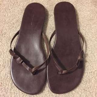 Aldo Brown Leather Flip Flops