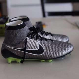 Nike Magista Obra Soccer Boots
