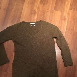 Babaton Aritzia Wool Sweater