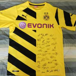 Dortmund Home Kit 14/15 Players Signed!!