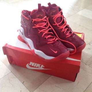 AUTHENTIC PIPPEN LIMITED EDITION