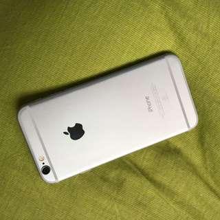 iPhone6白色 16G 使用兩年整