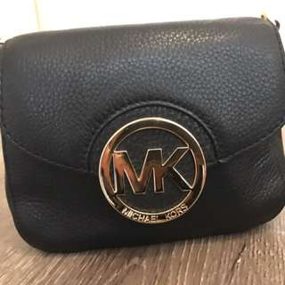 Michael kors black mini crossbody bag