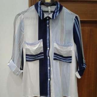 STRADIVARIUS 3/4 Flowy Shirt