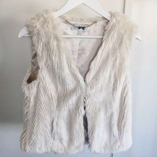 *Forever New Faux Fur Gilet*