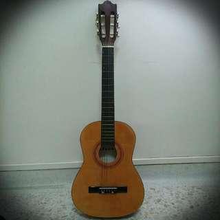 ELKA Classical Baby Guitar Model: Primer 35
