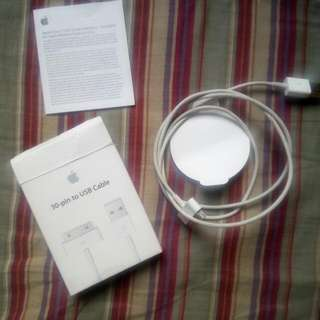 Original Apple 30 to pin USB Cable VERY NEGOTIABLE