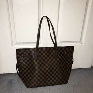 Louis Vuitton MM Neverfull Canvas Handbag