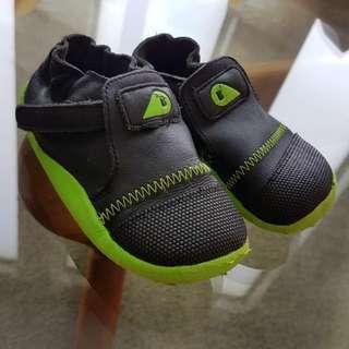 Prewalker Shoes, Perfect Condition, Near New, Size EU22, Retail Price $49.95