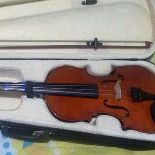 Violin ( LAZER Musical Instruments )