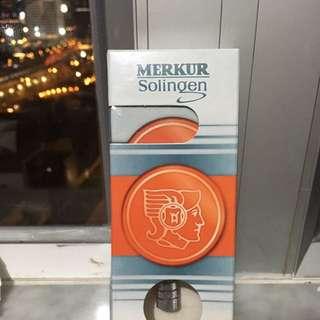 Merkur long handled safety razor剃鬚刀