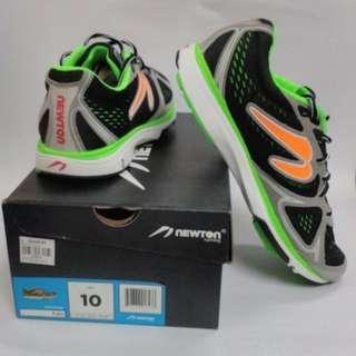 Newton Fate Shoes (Men's size 10)