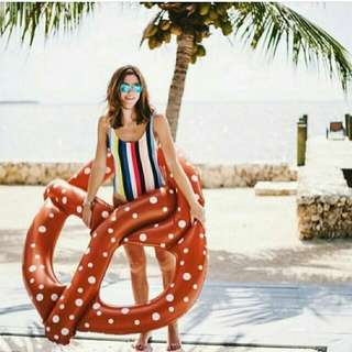 Pretzel Pool Floater