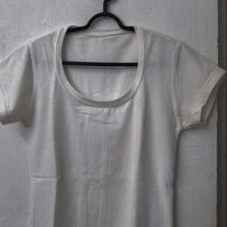 Tshirt Wanita Putih