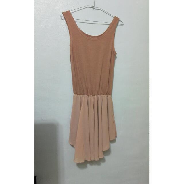 粉膚色無袖雪紡洋裝
