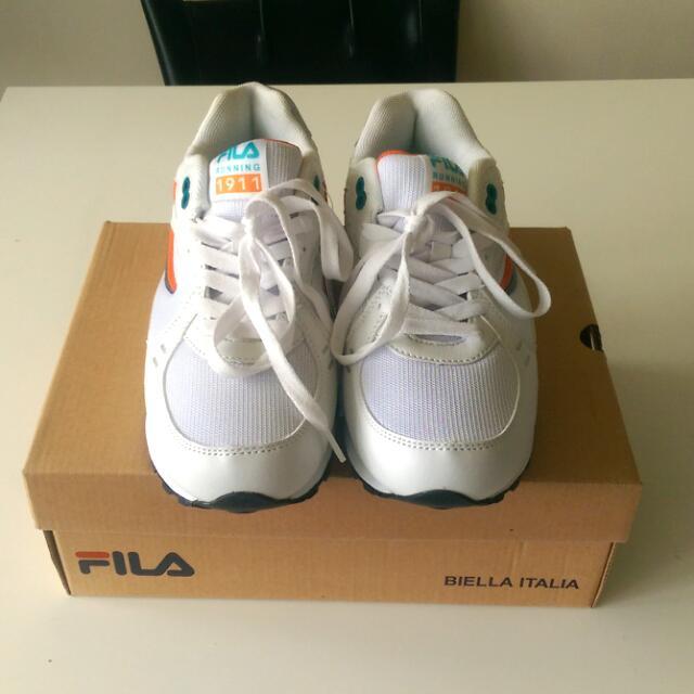 全新 FILA 慢跑鞋 布鞋