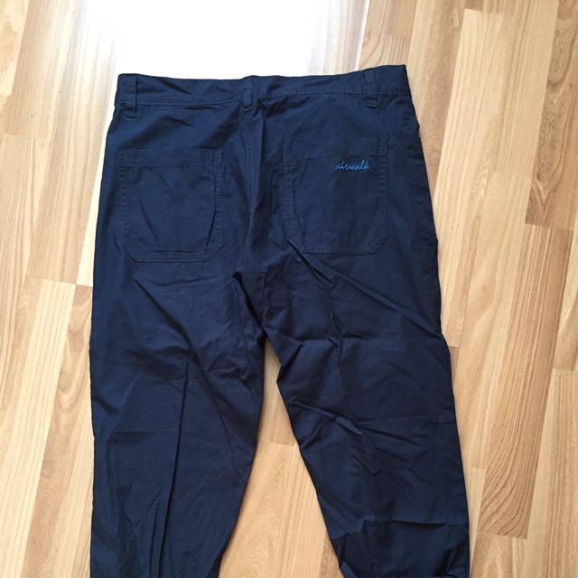 Airwalk trouser navy