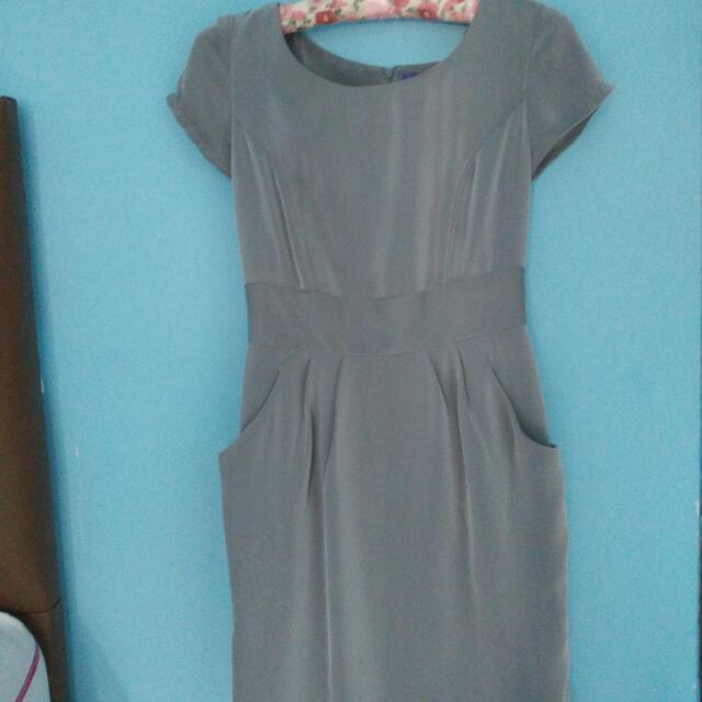 Arithalia- Grey Dress