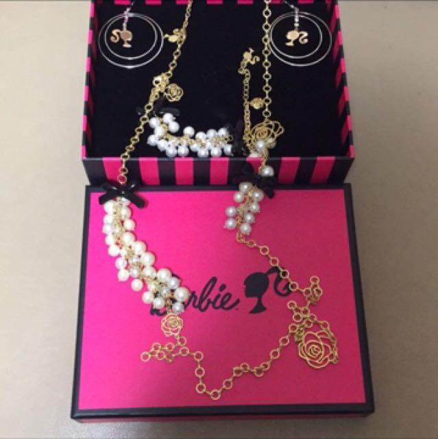 Barbie 項鍊手鍊耳環三件組