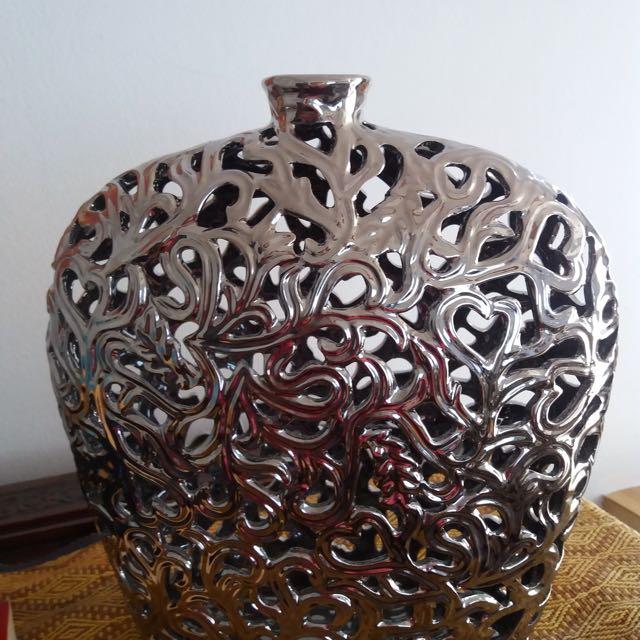 Beautiful Silver Color Vase