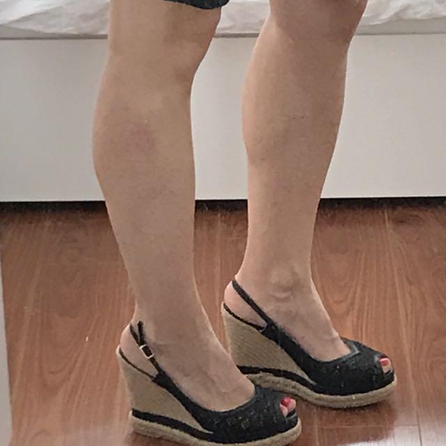 Black Wedges Size 39 (8)