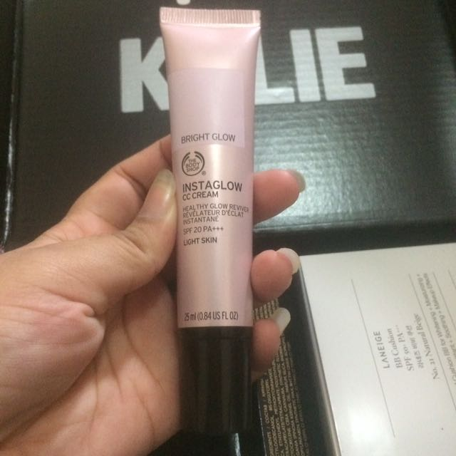 BODY SHOP Instaglow CC Cream