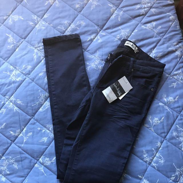 Brand New Size 9 Skinny Jeans