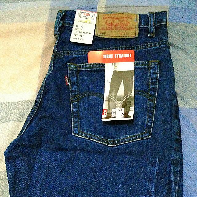 Celana Panjang Levi's 505 Tight Straight  Warna Biru Tua  Ukuran 33/34