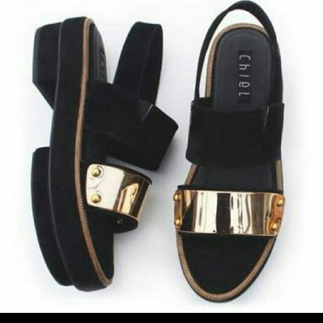 ChielShoes Sandal Wedges Gold Black