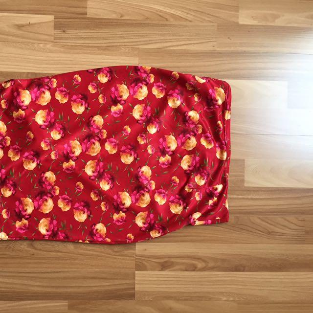 Flower maroon skirt