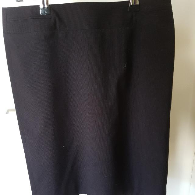 G2000 Ladies Pinstripe Pencil Skirt Size 36 Small