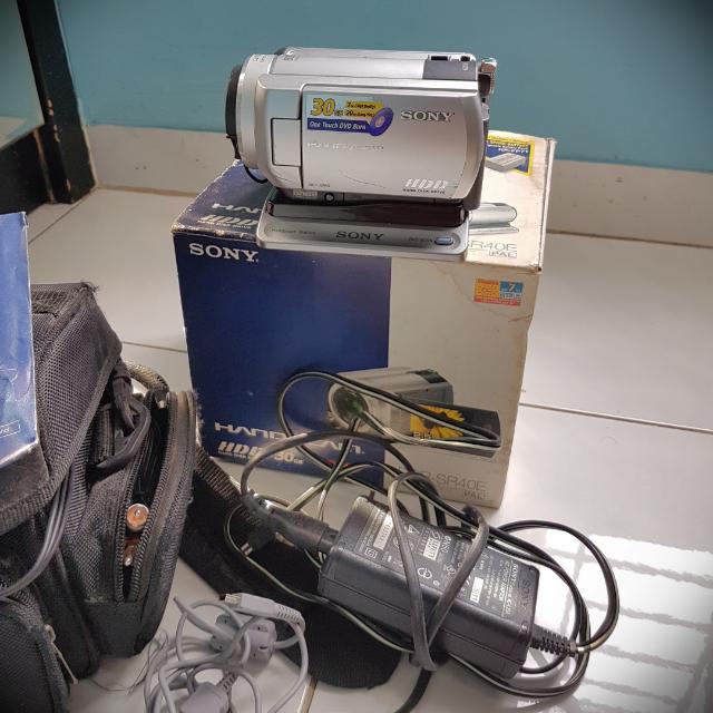 Handycam Sony DCR-SR40 HDD 30gb 800x Zoom