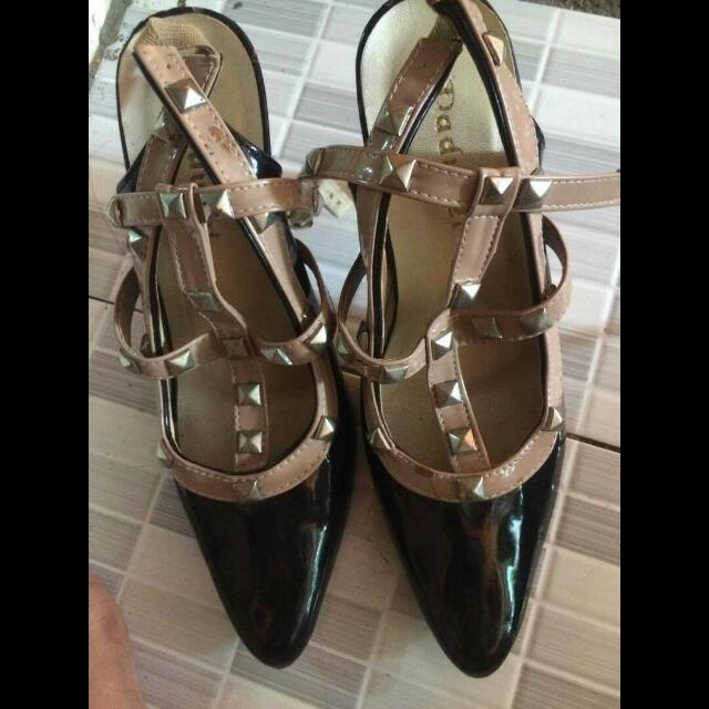 heels uk.36