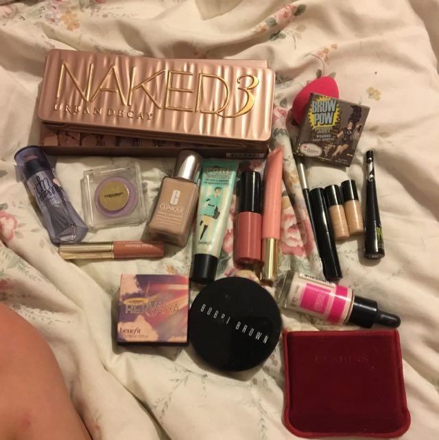 High End Makeup Bundle